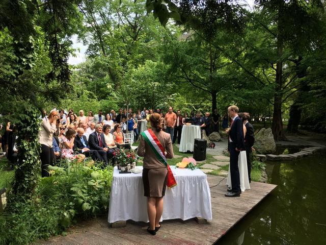 402721ff41 Teleki-Tisza-kastély Nagykovácsi. Füvészkert Esküvőhelyszín a botanikus  kertben